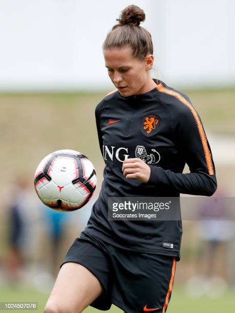 Merel van Dongen of Holland Women during the Training Holland Women at the KNVB Campus on August 27 2018 in Zeist Netherlands