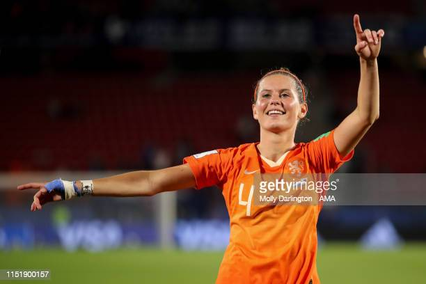 Merel Van Dongen of the Netherlands celebrates during the 2019 FIFA Women's World Cup France Round Of 16 match between Netherlands and Japan at...