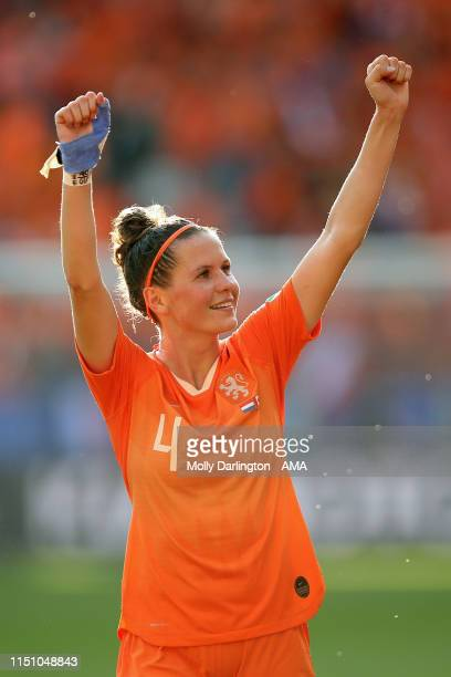 Merel Van Dongen of the Netherlands celebrates victory after the 2019 FIFA Women's World Cup France group E match between Netherlands and Canada at...