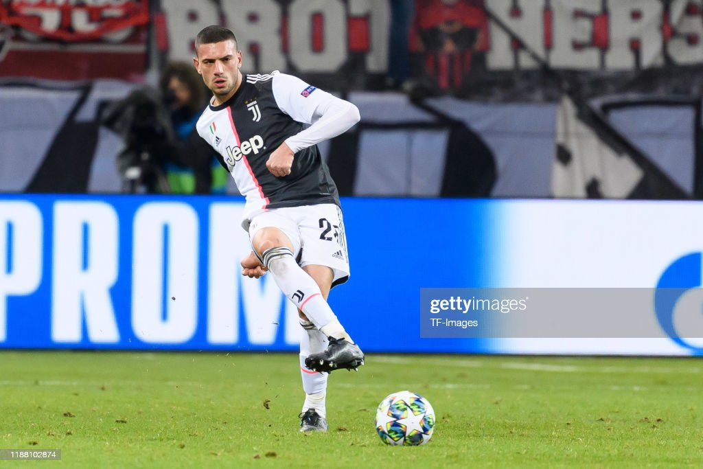Bayer Leverkusen v Juventus: Group D - UEFA Champions League : News Photo