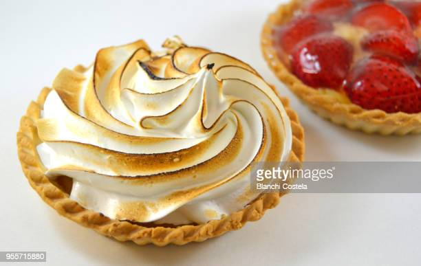 meringue tartlet - meringue stock pictures, royalty-free photos & images