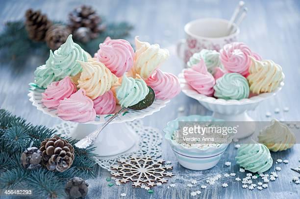 Meringues: winter sweets