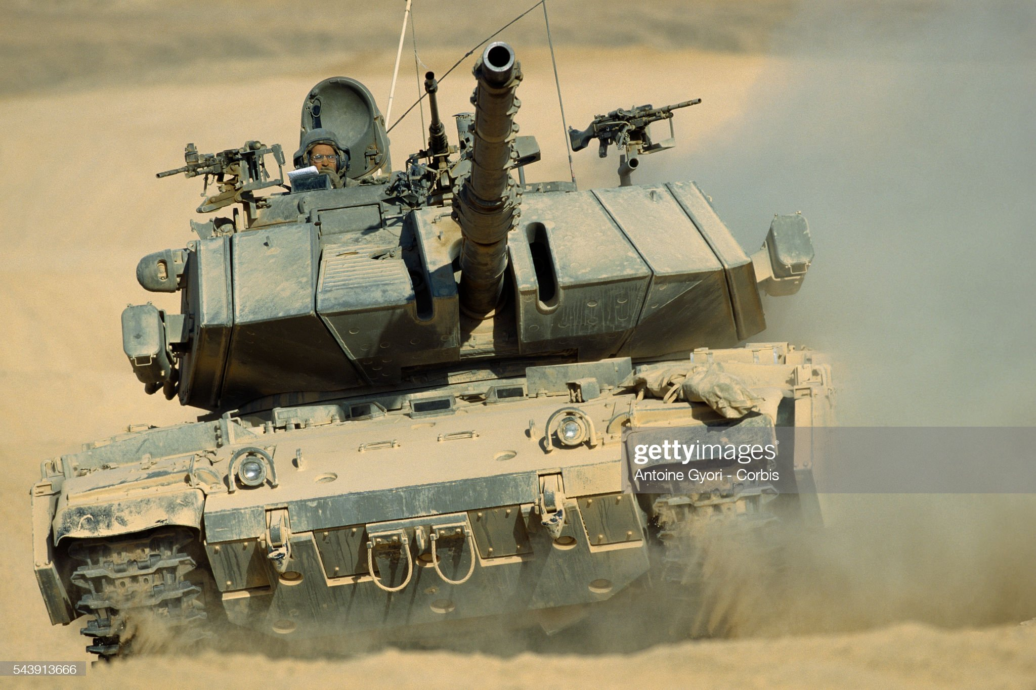 https://media.gettyimages.com/photos/merkava-tank-maneuves-in-the-sands-of-the-neguev-desert-picture-id543913666?s=2048x2048