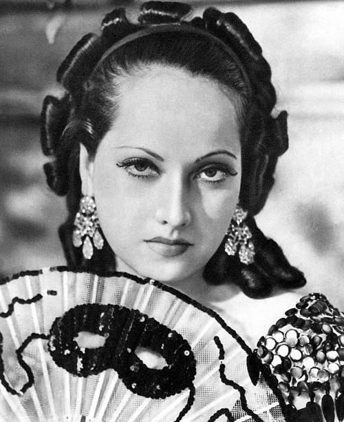 merle-oberon-british-film-actress-193419