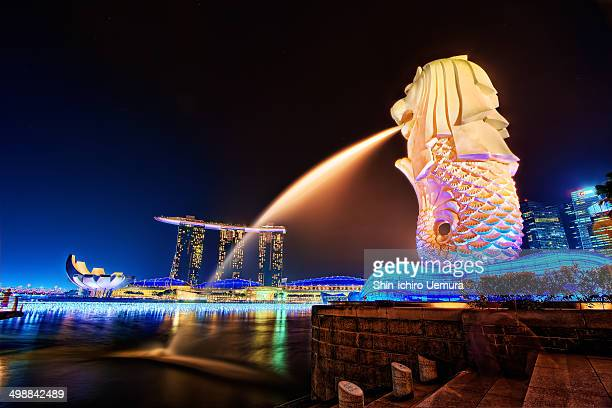 CONTENT] Merlion and Marina Bay Sands