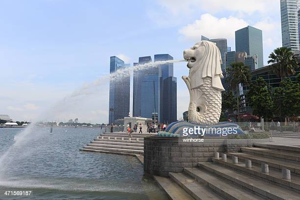 merlion park in singapore - merlion stock pictures, royalty-free photos & images
