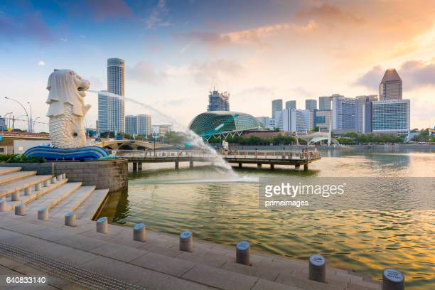 merlion park panorama - merlion stock pictures, royalty-free photos & images