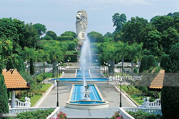 merlion park, sentosa, singapore - merlion stock pictures, royalty-free photos & images