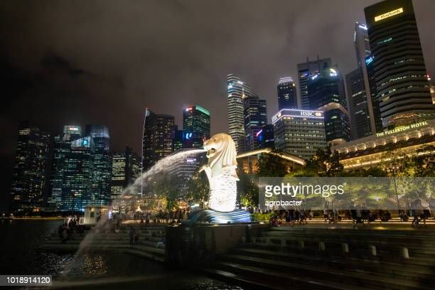 merlion statue, singapore - merlion park stock photos and pictures