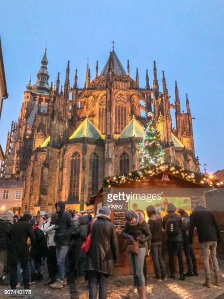 merry christmas on saturday evening, prague castle, czech republic - vsojoy stockfoto's en -beelden
