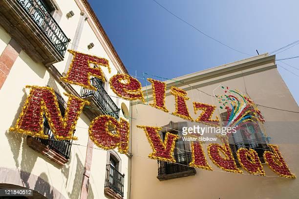 merry christmas sign on the plaza de armas, mexico - feliz navidad stock photos and pictures