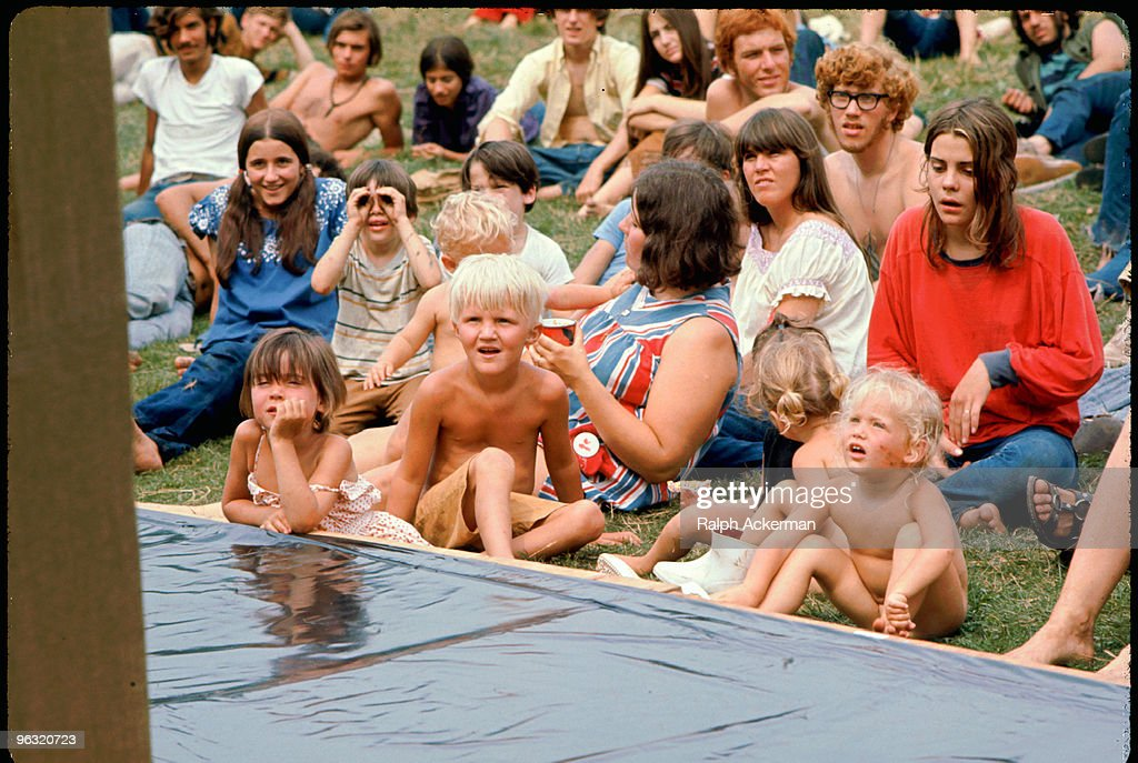 Woodstock Puppet Show : News Photo