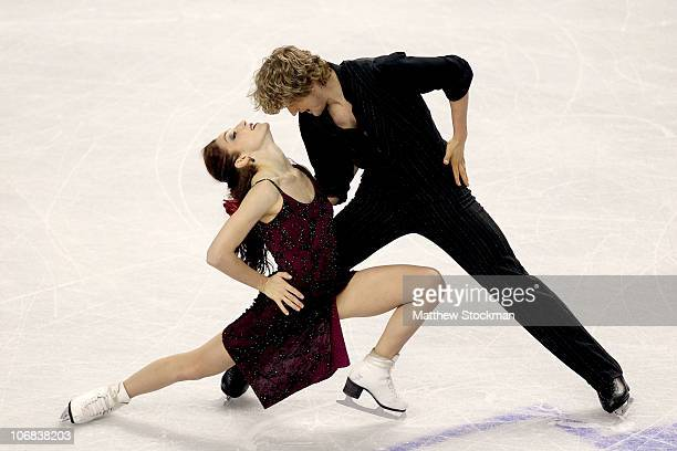 Meryl Davis and Charlie White compete in the Ice Dance Free Dance during Skate America at Rose Garden Arena on November 14, 2010 in Portland, Oregon.