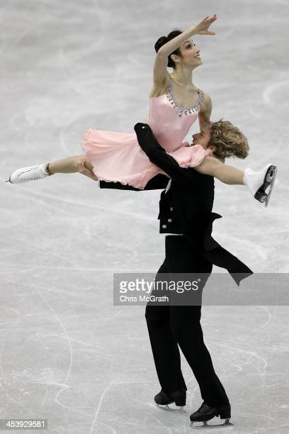Meryl Davis and Charlie White of the USA compete in the Ice Dance Short Dance during day two of the ISU Grand Prix of Figure Skating Final 2013/2014...