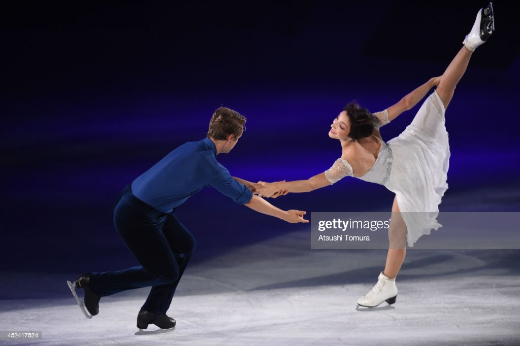 Meryl Davis and Charlie White of USA perform their routine during THE ICE 2014 at the White Ring on July 19, 2014 in Nagano, Japan.