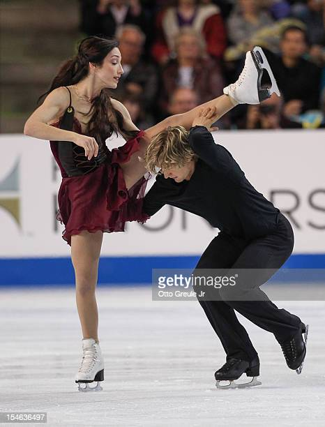 Meryl Davis and Charlie White skate in the free dance during the Skate America competition at the ShoWare Center on October 21 2012 in Kent Washington