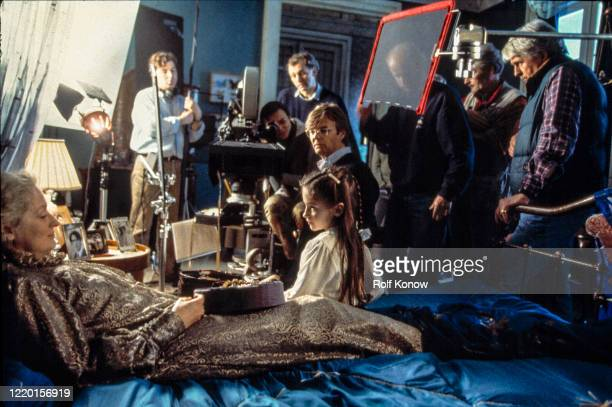 Meryl Streep and Bille August on the set of The House of the Spirits directed by Bille August 1999