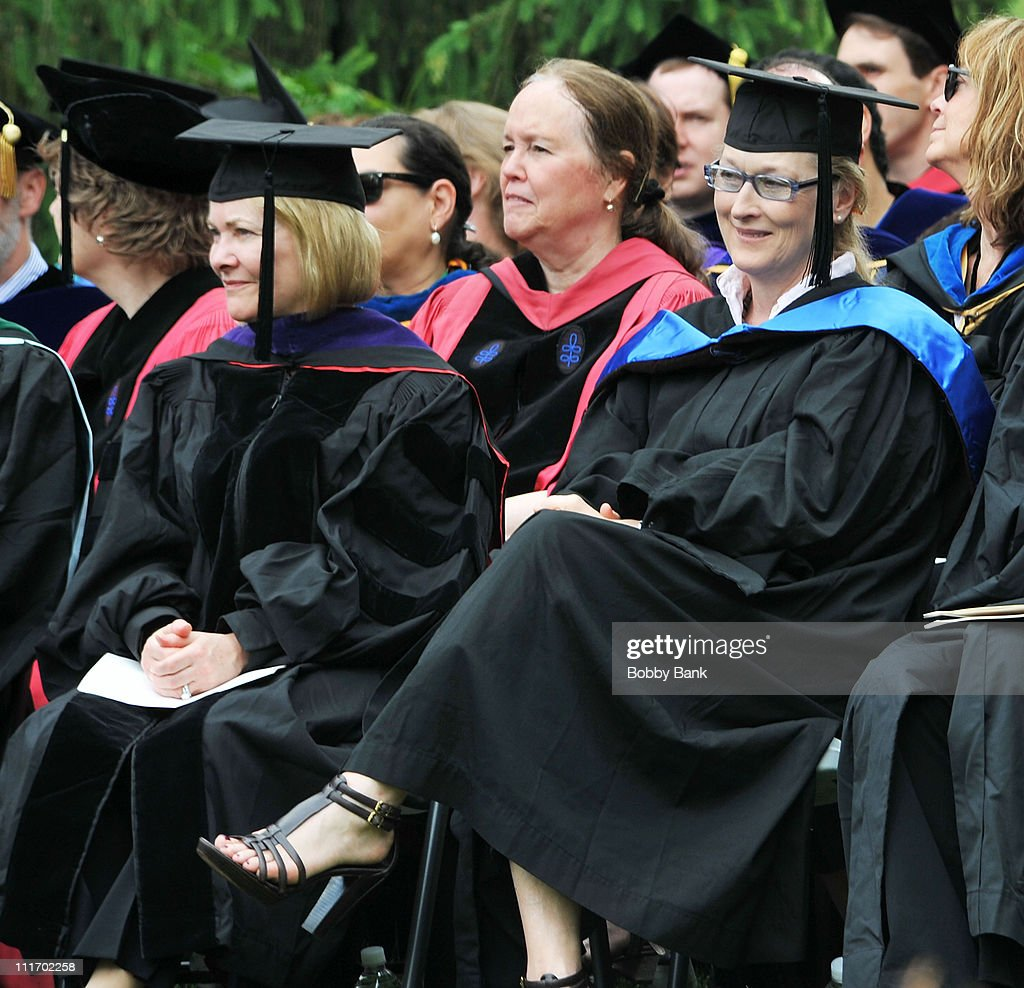 Meryl Streep attends the Vassar College commencement at Vassar College on May 23, 2010 in Poughkeepsie, New York.