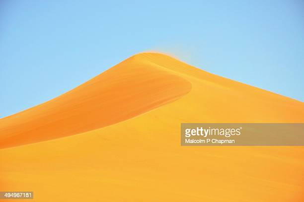 merzouga dunes, erg chebbi, morocco - merzouga stock pictures, royalty-free photos & images