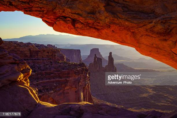 mesa arch canyonlands - mesa arch stock pictures, royalty-free photos & images