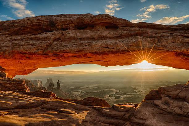 mesa arch dawn sunburst - horizontal stock pictures, royalty-free photos & images