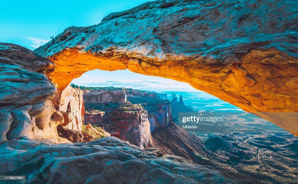 Mesa Arch Sunrise : Foto stock
