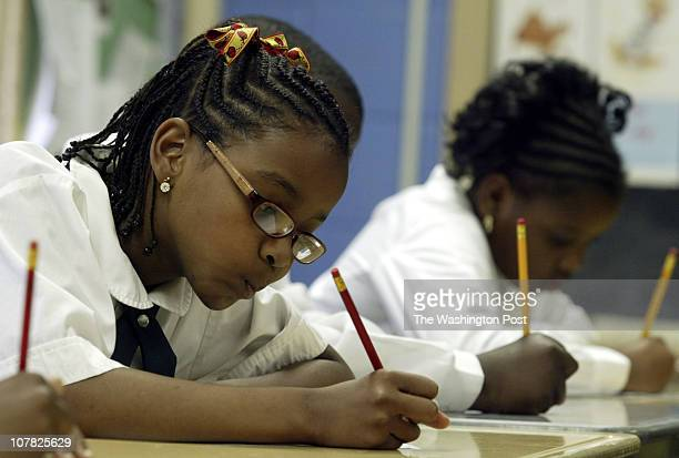 CREDIT Kevin Clark/The Washington Post Washington DC NEG # 179622 Hana Ford left and Alexis Neale work on a writing assignment at Montgomery...
