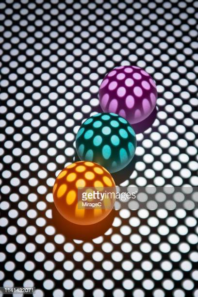 Mesh Light Casting Color Spheres Photography