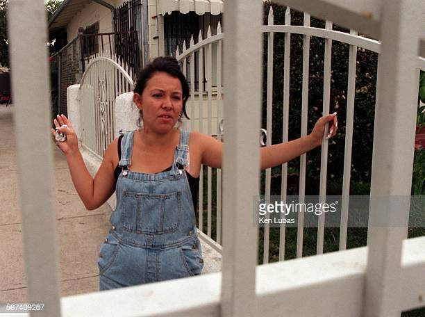 MEshoot1kl8/10/98––LOS ANGELES––Maria Guzman talks about her wedding party and the fatal shooting of LAPD officer Filbert H Cuesta who was parked...