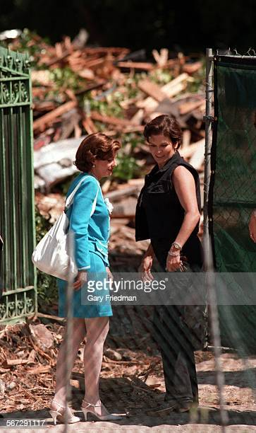 MESimpson10729GF––Denise Brown Simpson sister of Nicole Brown Simpson views the aftermath of OJ Simpsons house located at 360 North Rockingham in...