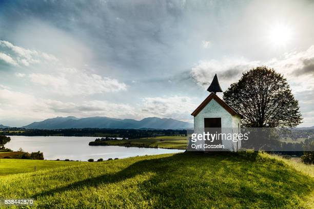 mesnerhauskapelle aidling - chapel stock pictures, royalty-free photos & images