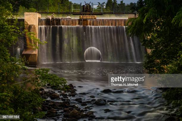 me-springvale-mill street dam or alpaca dam - brook mitchell stock pictures, royalty-free photos & images