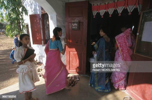 Messe de la mission anglicane le 28 février 1999 à Ahwa en Inde