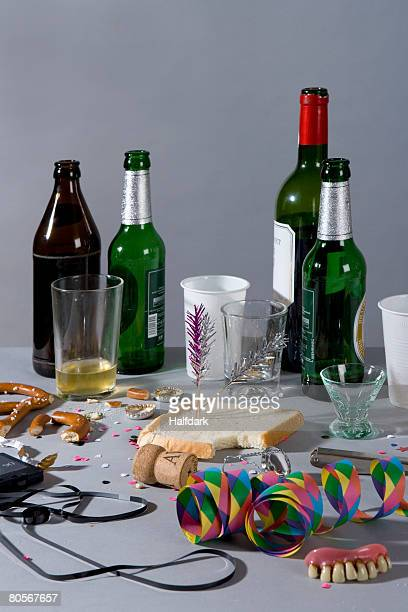 a messy table after a party - messy table after party stock pictures, royalty-free photos & images