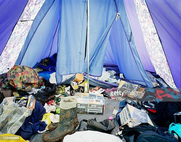 messy tent at music festival - newpremiumuk stock pictures, royalty-free photos & images