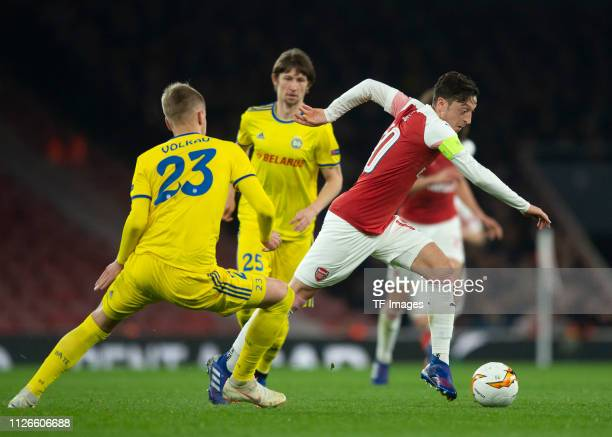 Mesut Oezil of Arsenal controls the ball during the UEFA Europa League Round of 32 Second Leg match between Arsenal and BATE Borisov at Emirates...