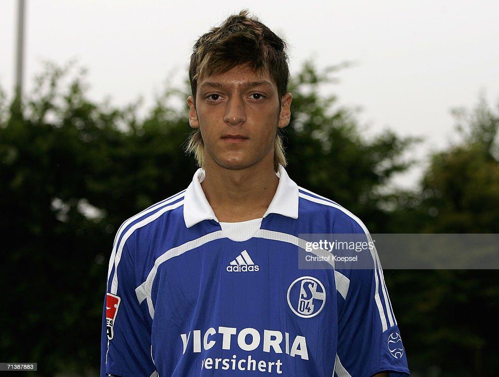 Team Presentation FC Schalke 04 : News Photo