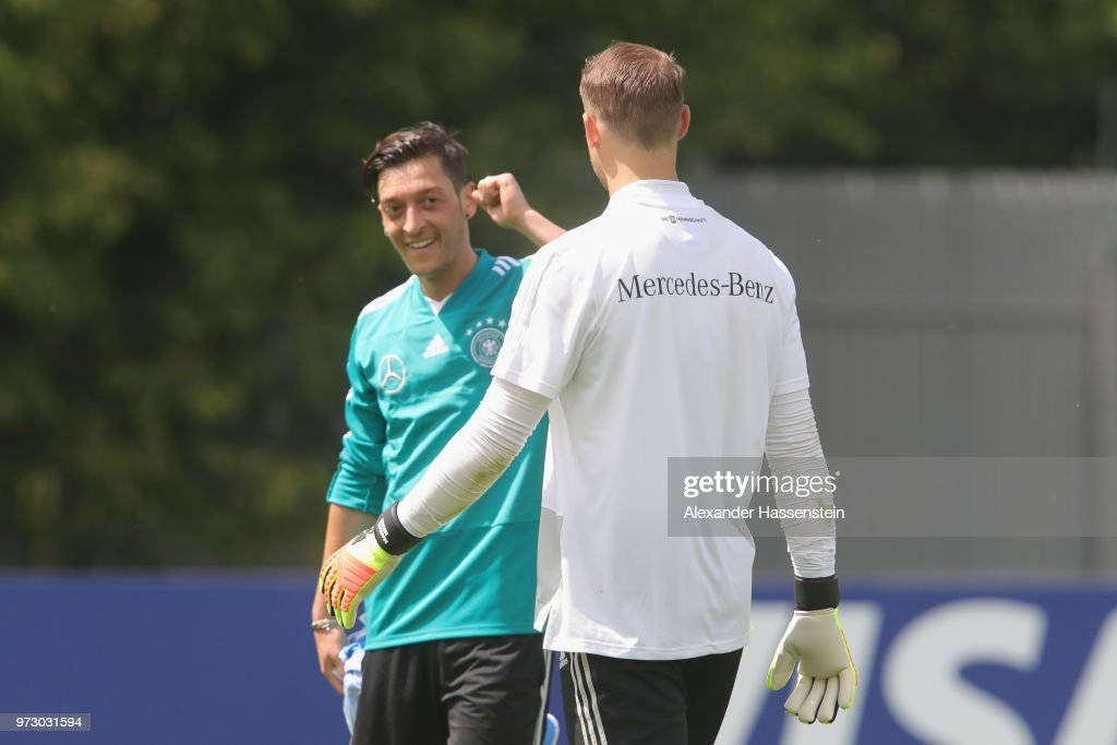 Germany Training And Press Conference : ニュース写真