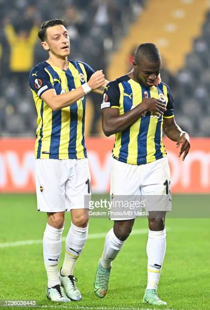 Mesut Ozil and Enner Valencia of Fenerbahce during the UEFA Europa League group D match between Fenerbahce and Royal Antwerp FC at sukru Saracoglu...