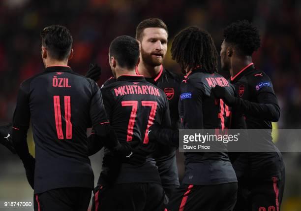 Mesut Ozil Henrikh Mkhitaryan Shkodran Mustafi Mohamed Elneny and Ainsley MaitandNiles celebrate after the 2nd Arsenal goal during UEFA Europa League...