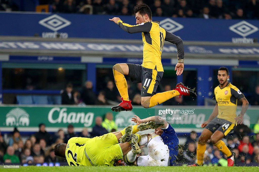 Everton v Arsenal - Premier League : News Photo