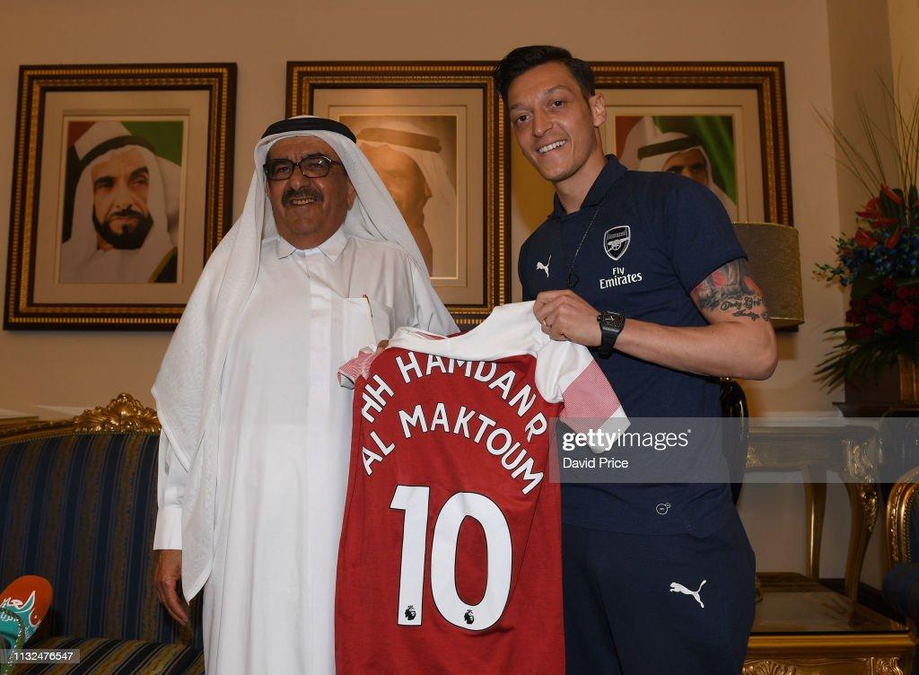 Arsenal Players Visit Zabeel Palace : News Photo