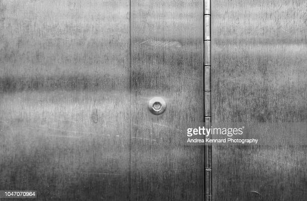 metal background or backdrop  with long hinge. - {{asset.href}} imagens e fotografias de stock