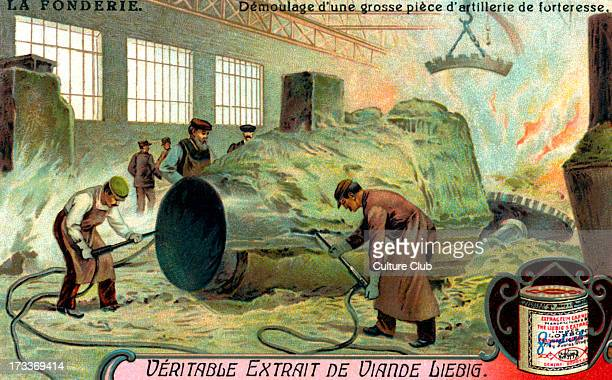 Removing large defensivee artillery from its mould Illustration on history of metal casting Liebig collectible card series 1921 Card 5 of 6