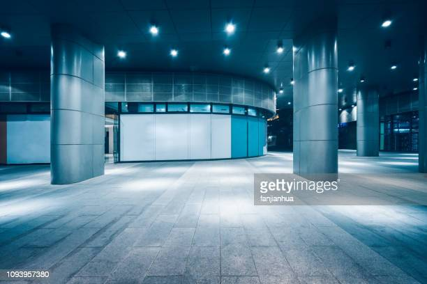 metal roof structure of office building - shanghai billboard stock pictures, royalty-free photos & images