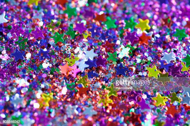 Metallic multi-coloured star-shaped confetti