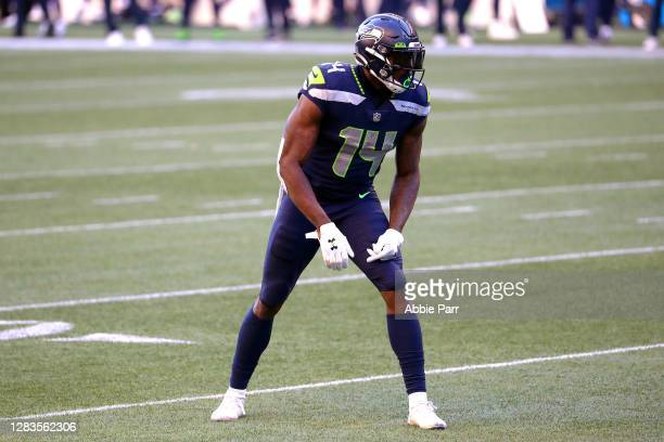 Metcalf of the Seattle Seahawks lines up for play in the third quarter against the San Francisco 49ers at CenturyLink Field on November 01 2020 in...