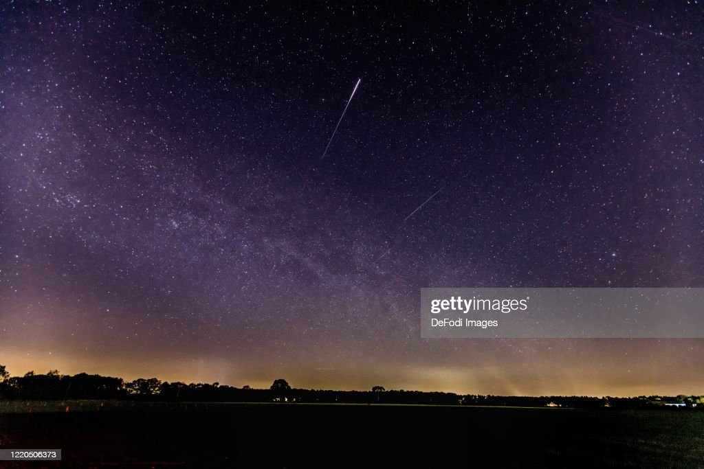 Meteor shower lyrids : News Photo