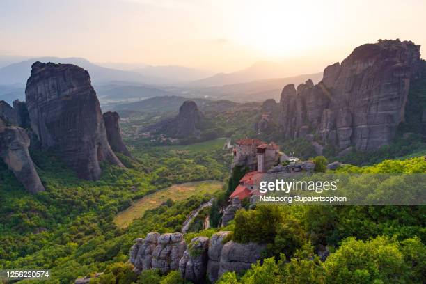 meteora monasteries, trikala, thessaly, greece. - meteora stock pictures, royalty-free photos & images