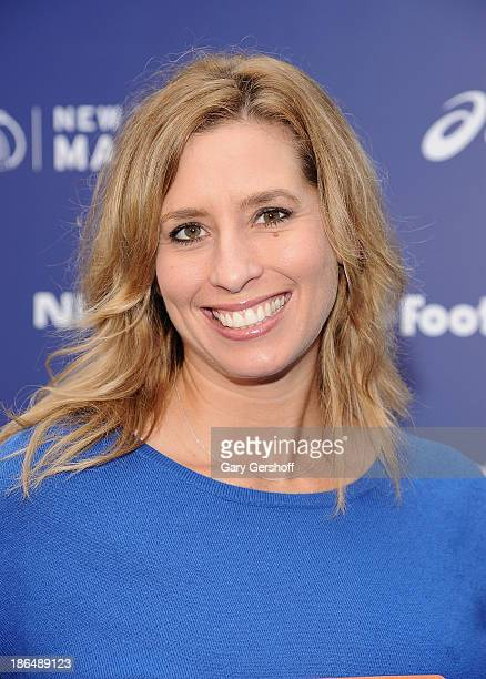 Meteorologist Stephanie Abram attends the 2013 ING NYC Marathon press conference at ING New York City Marathon Media Center on October 31 2013 in New...